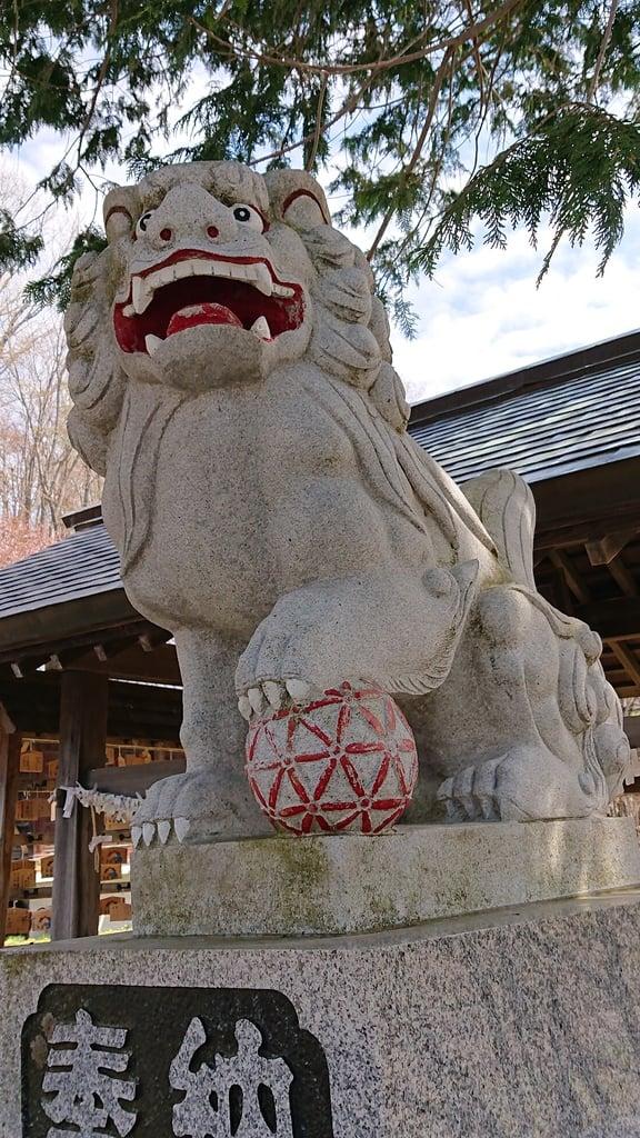 夕張神社の狛犬
