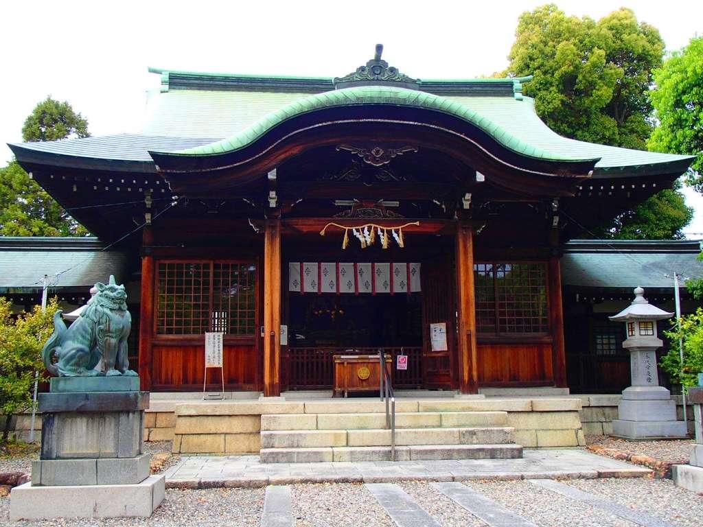 溝旗神社(肇國神社)の本殿