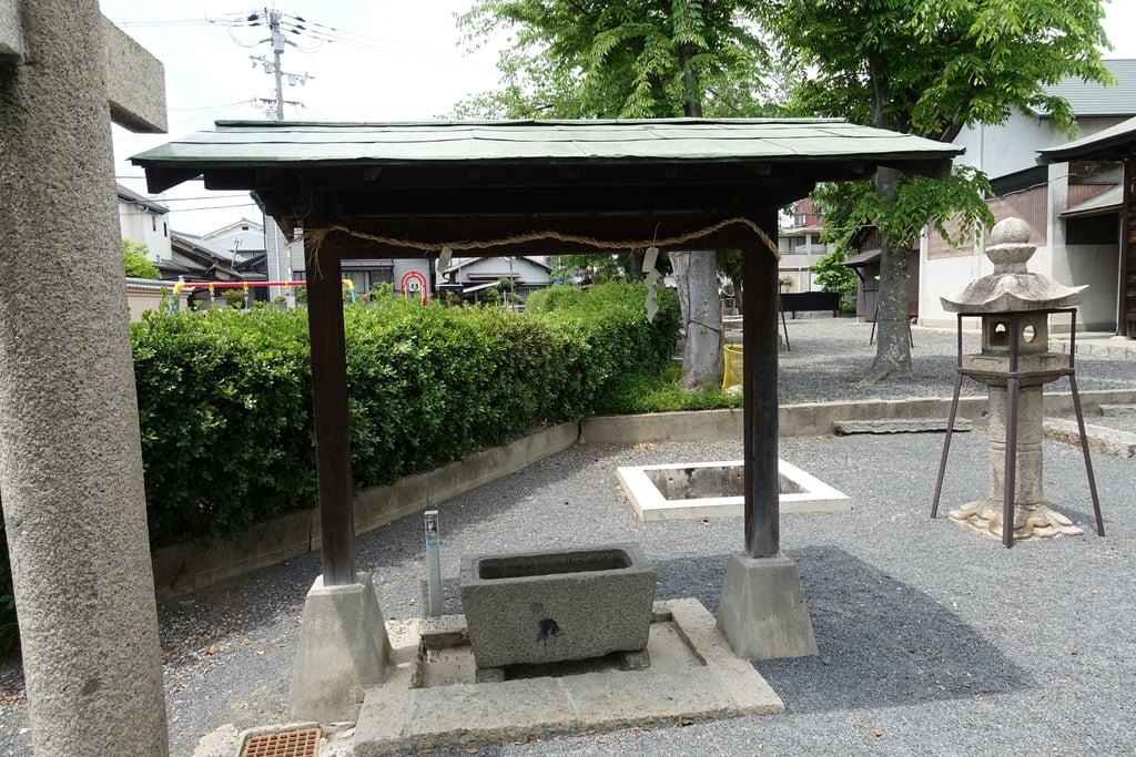 筑紫津神社の手水