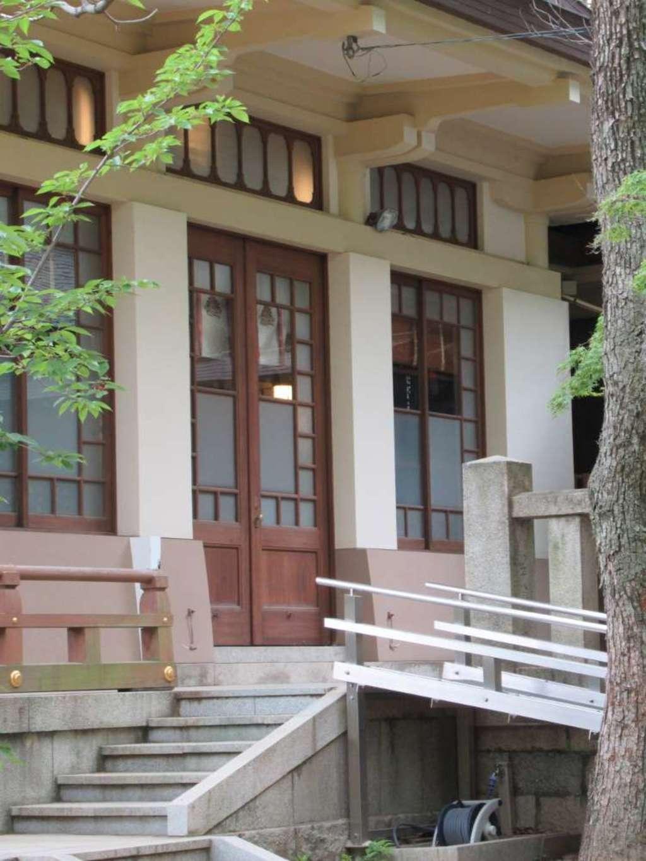 湊川神社の本殿
