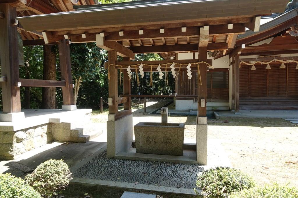 幣羅坂神社の手水舎(京都府木津駅)
