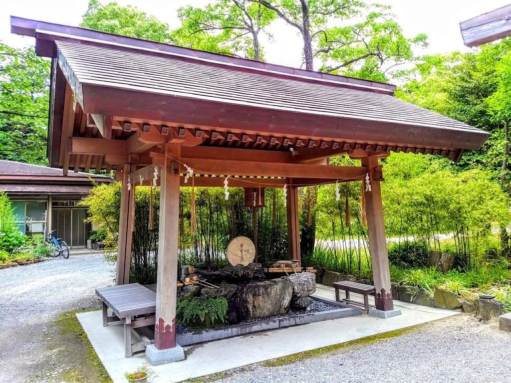玉鉾神社の手水舎(愛知県知多武豊駅)
