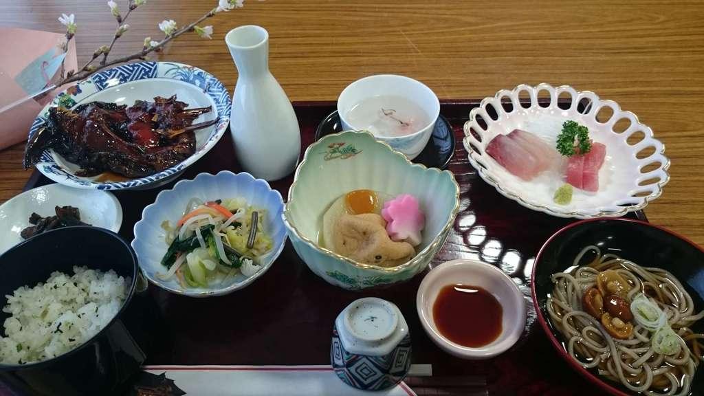 熊野大社の食事