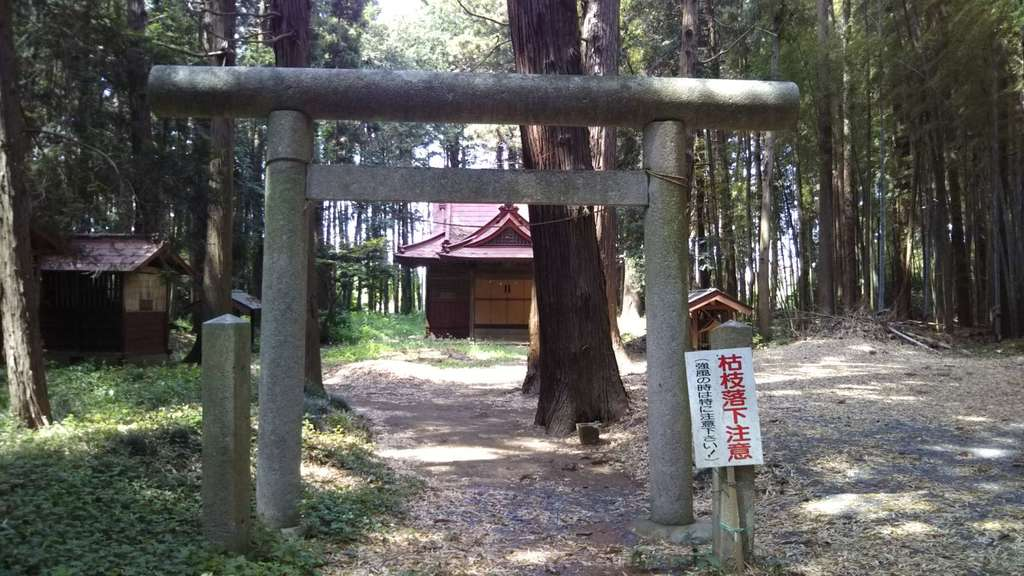 高房神社の境内・文化財
