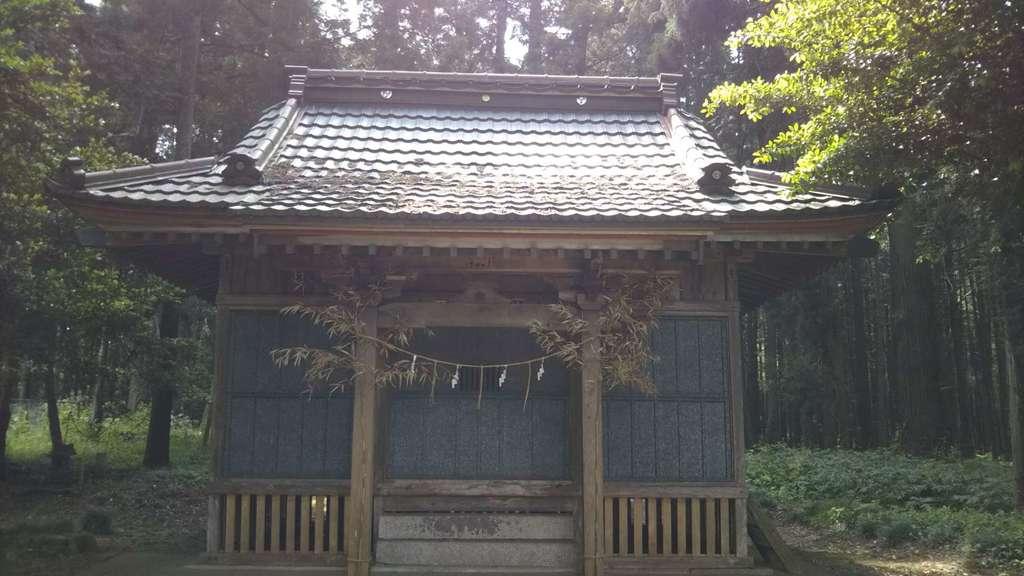 五平神社の本殿