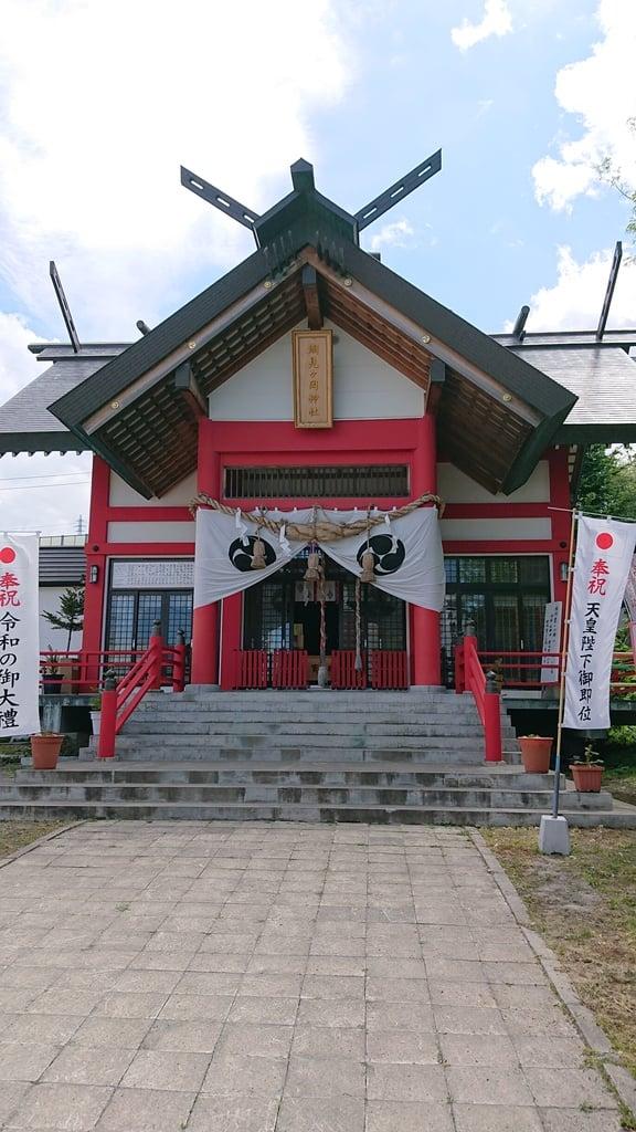 潮見ケ岡神社の本殿