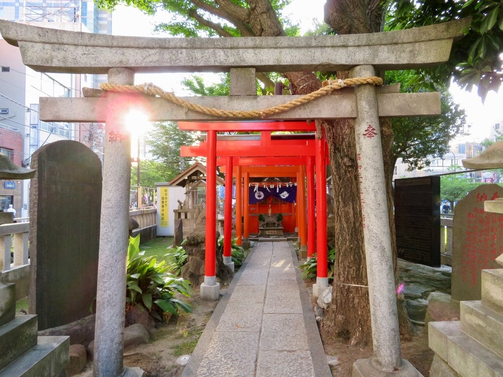 千種稲荷神社の鳥居