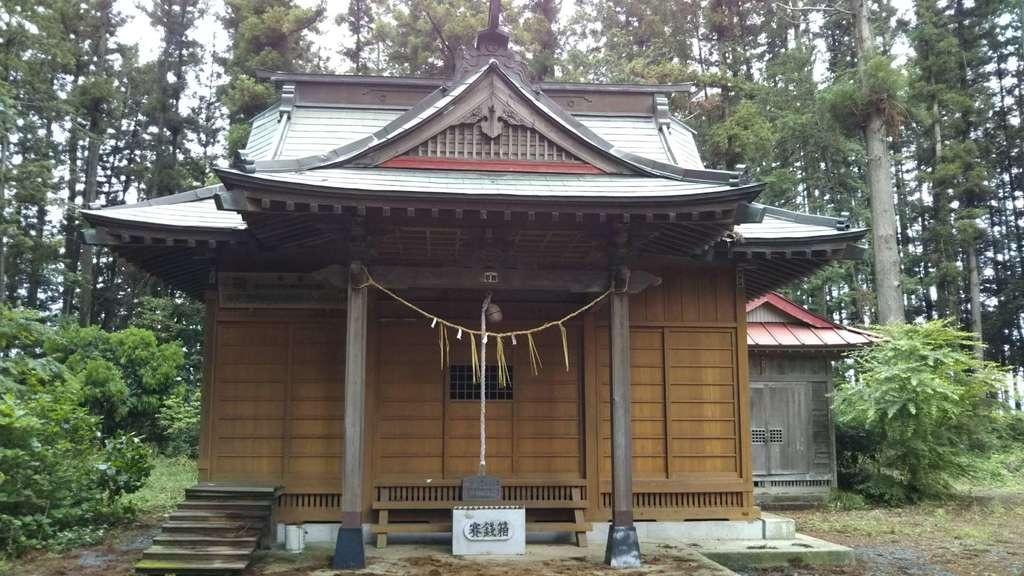 三湯神社の本殿