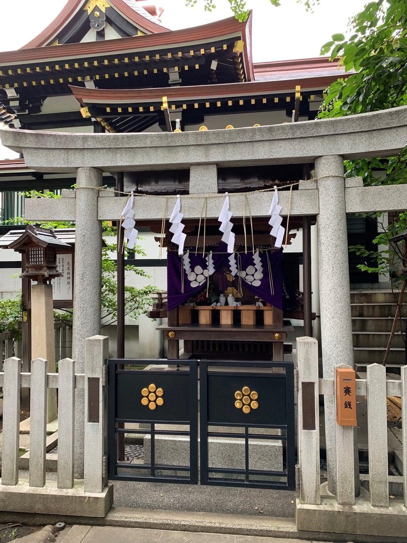 鳥越神社の末社