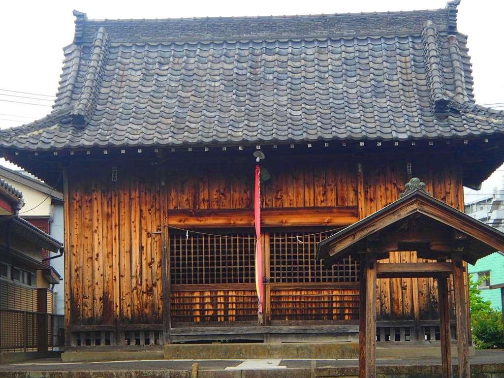 高富蕎高神社の本殿