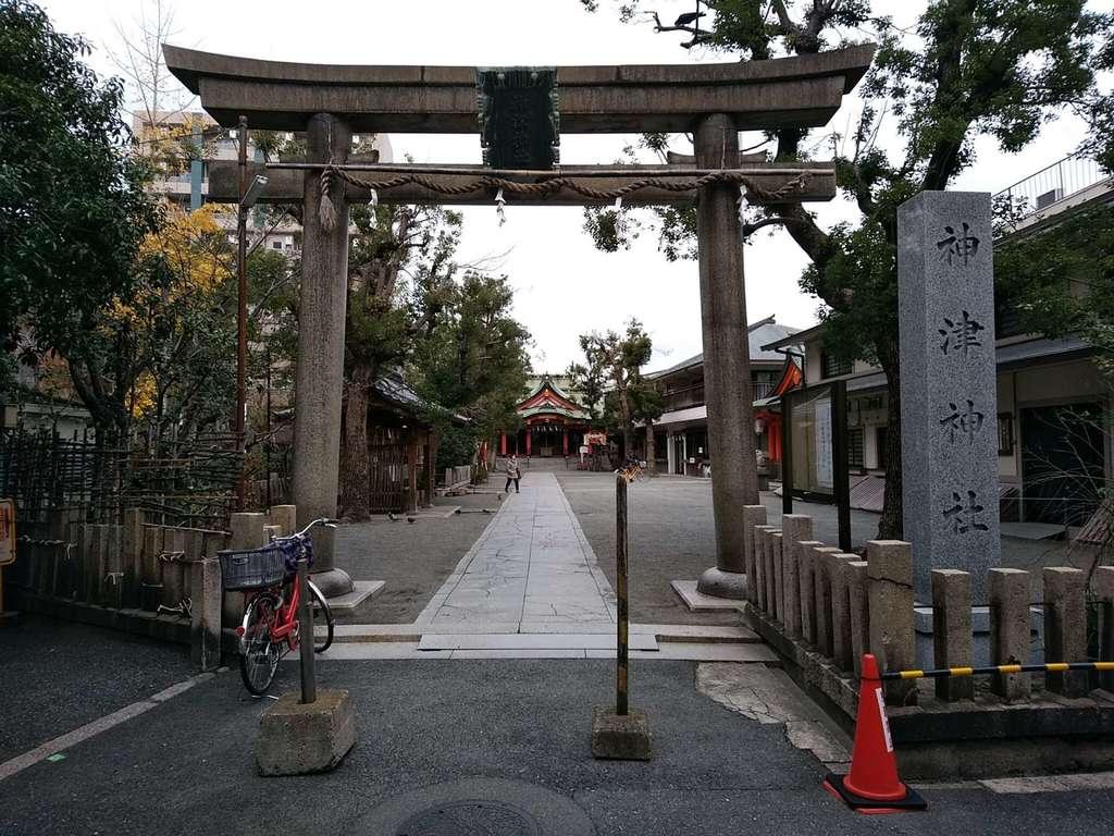 神津神社の鳥居