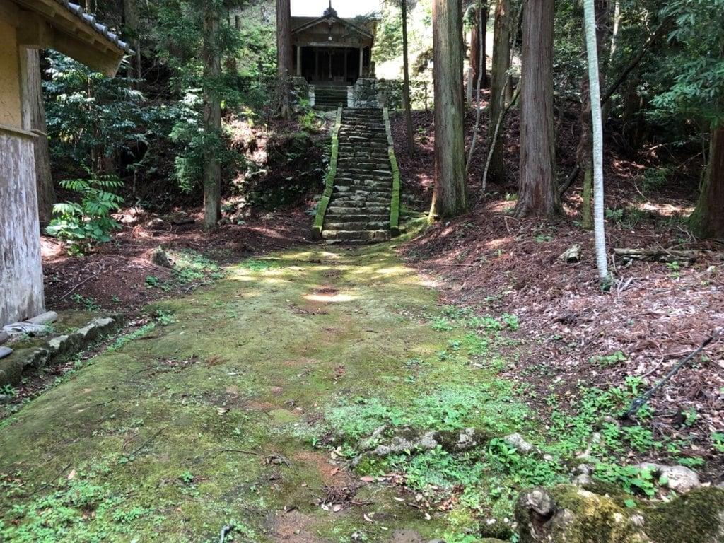 椎村神社の建物その他