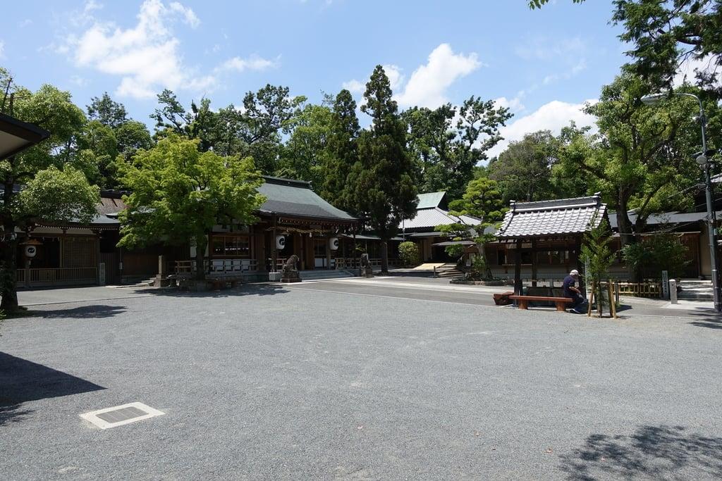 伊射奈岐神社の本殿
