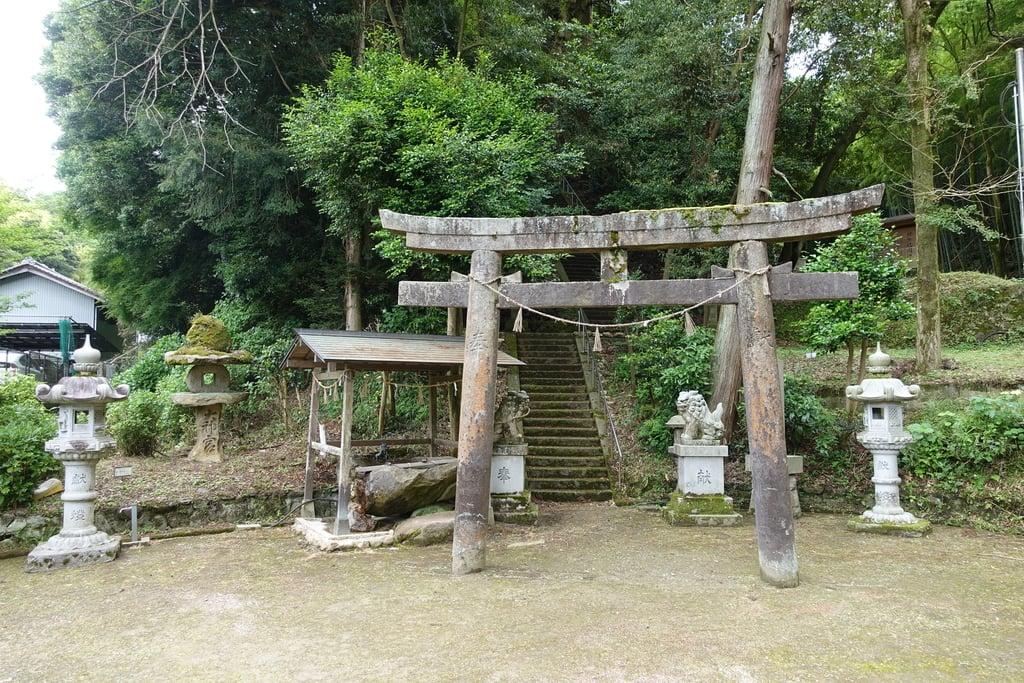 龍間神社の鳥居