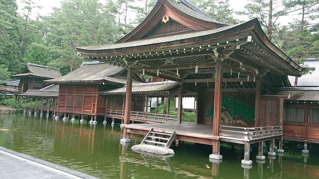 身曾岐神社の建物その他