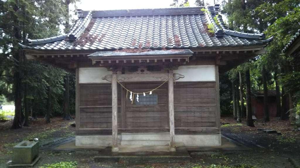 高田神社の本殿