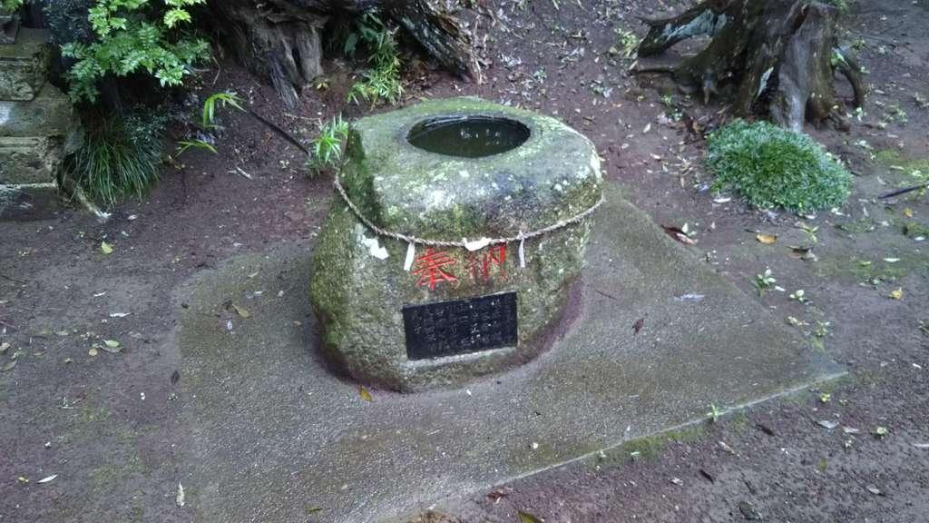 息栖神社の手水