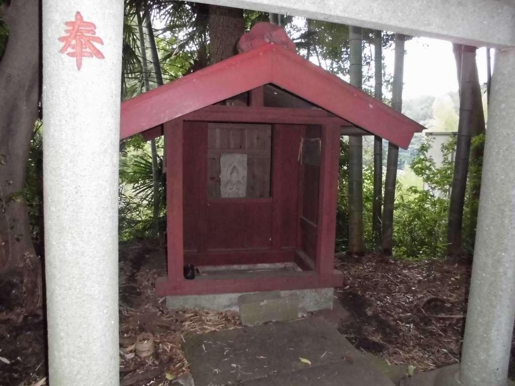 庚申社の本殿
