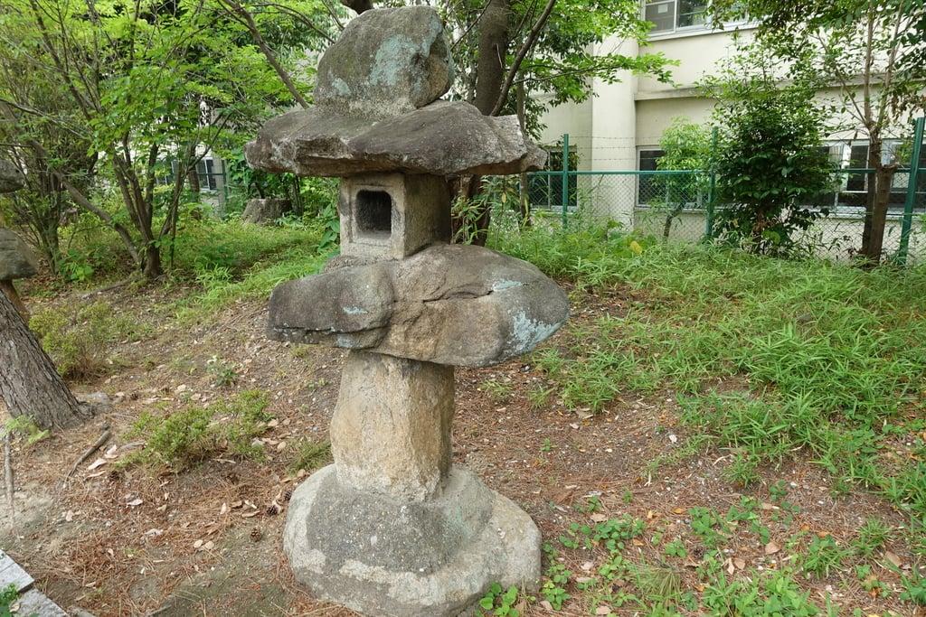 甲鉾神社の建物その他