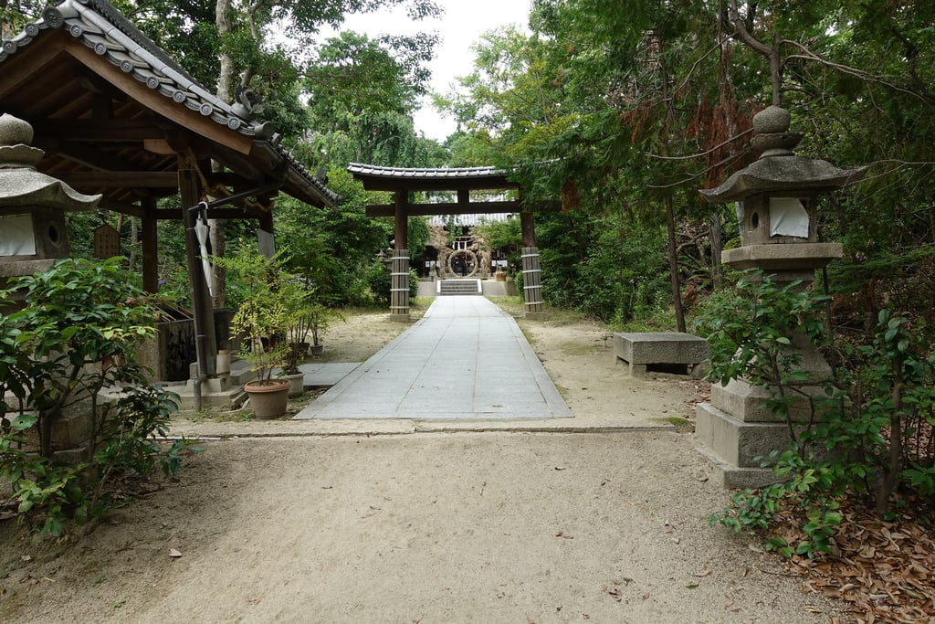交野天神社の建物その他