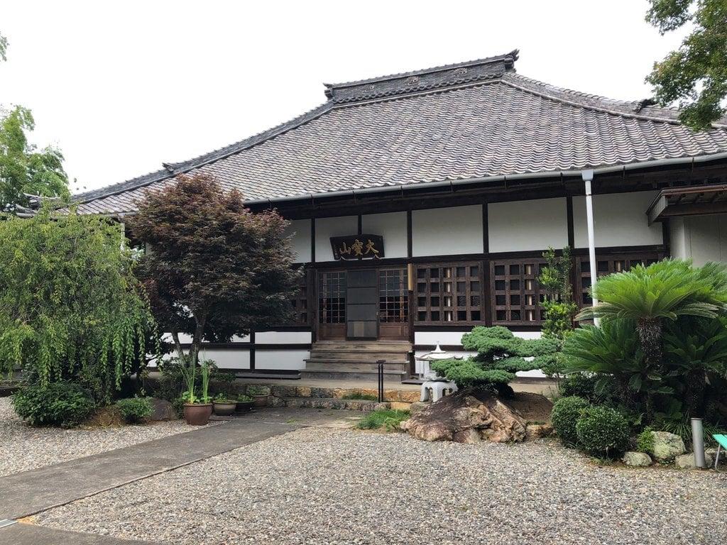 広福寺の本殿