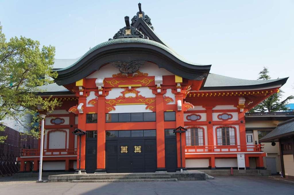 蓮華寺の本殿