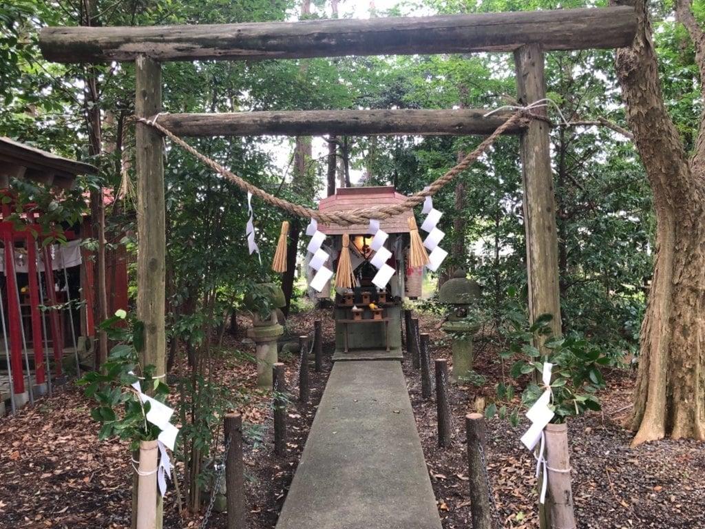 山名神社の末社