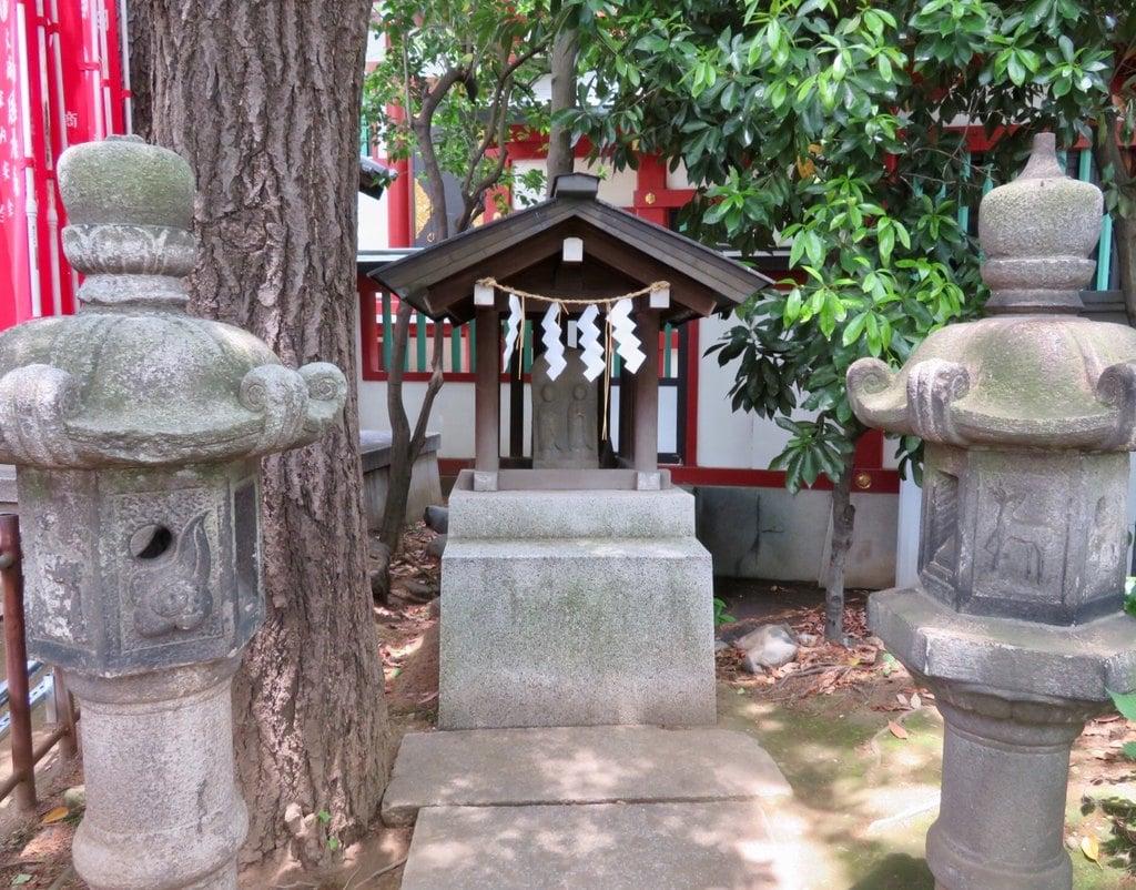 居木神社の末社