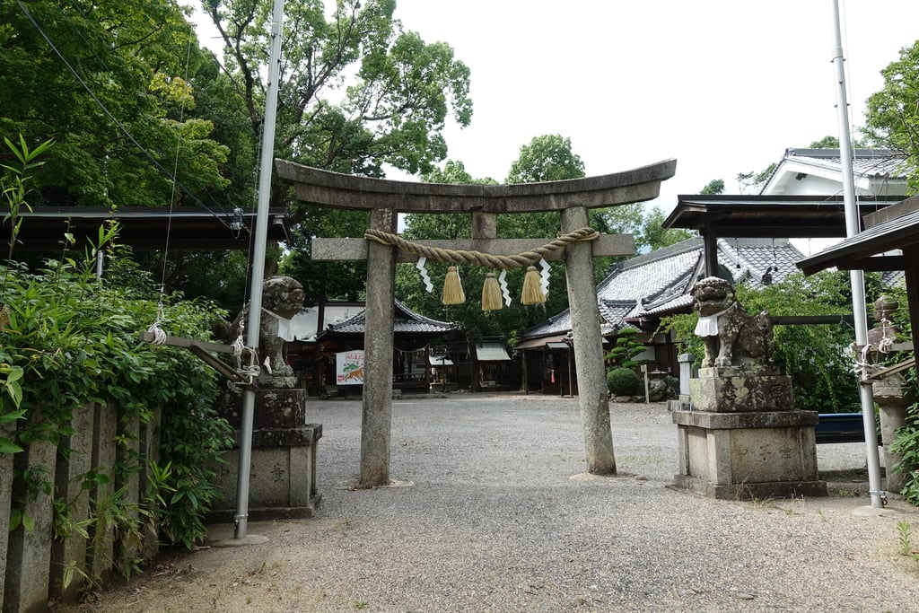 西代神社の鳥居