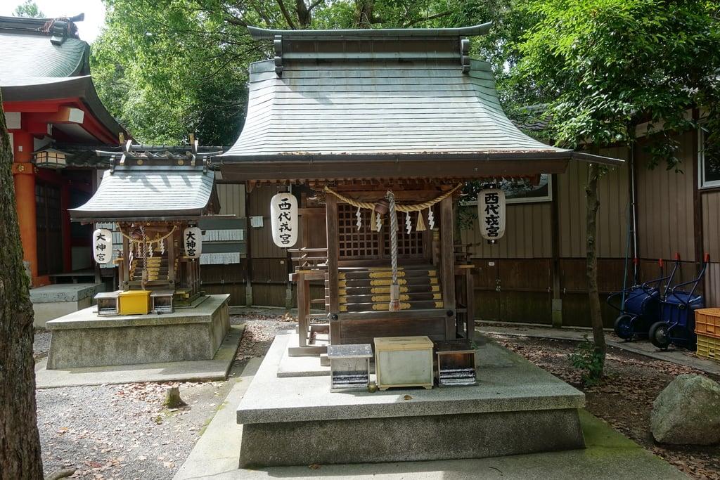 西代神社の末社