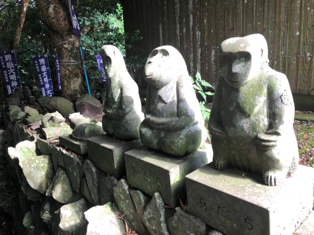 男嶽神社の狛犬