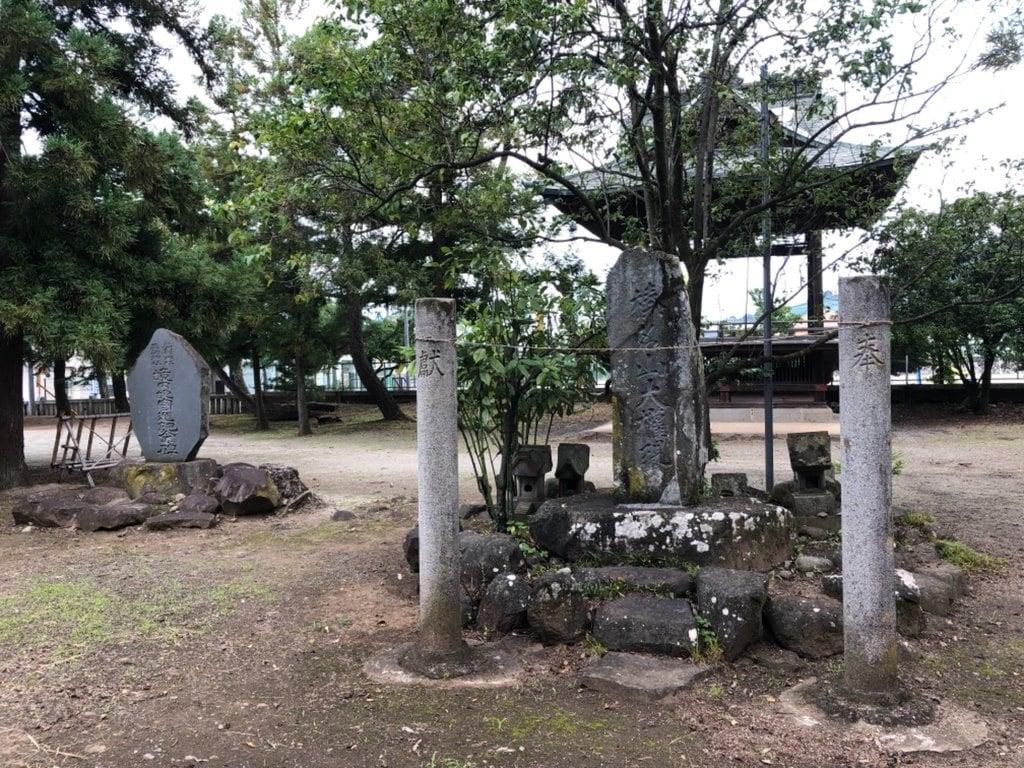 柴宮神社の建物その他