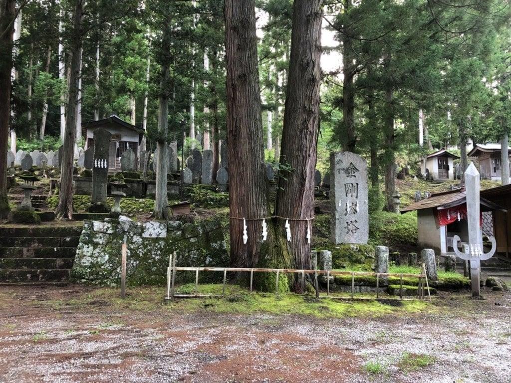 駒ケ嶽神社の建物その他