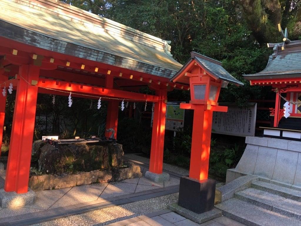 枚聞神社の手水