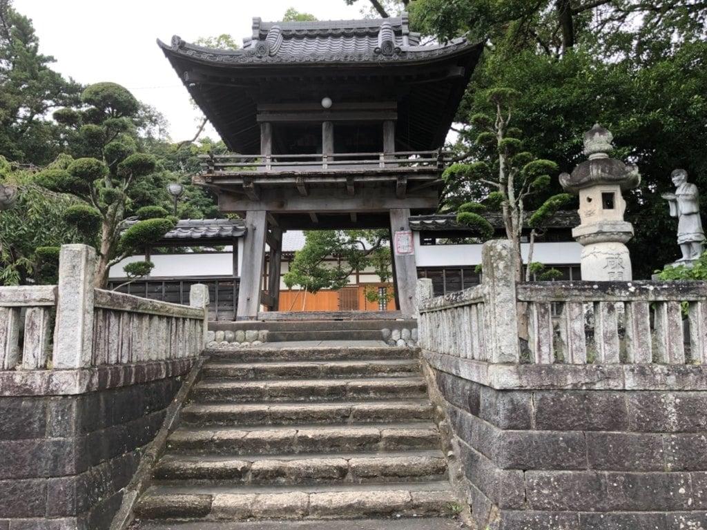 西光寺の鳥居