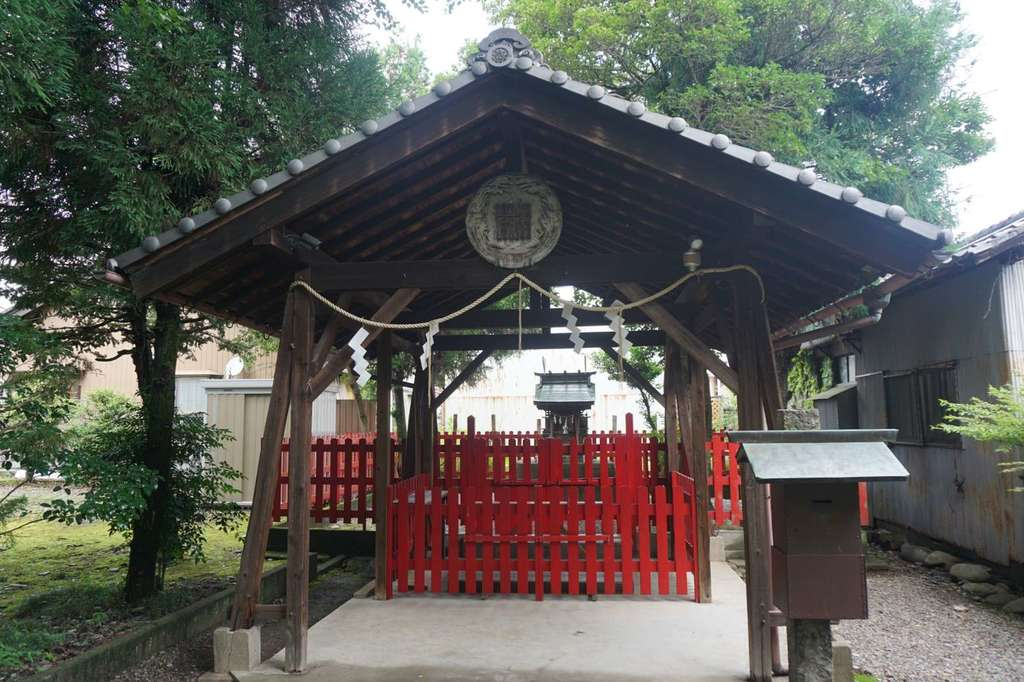 林稲荷神社の本殿
