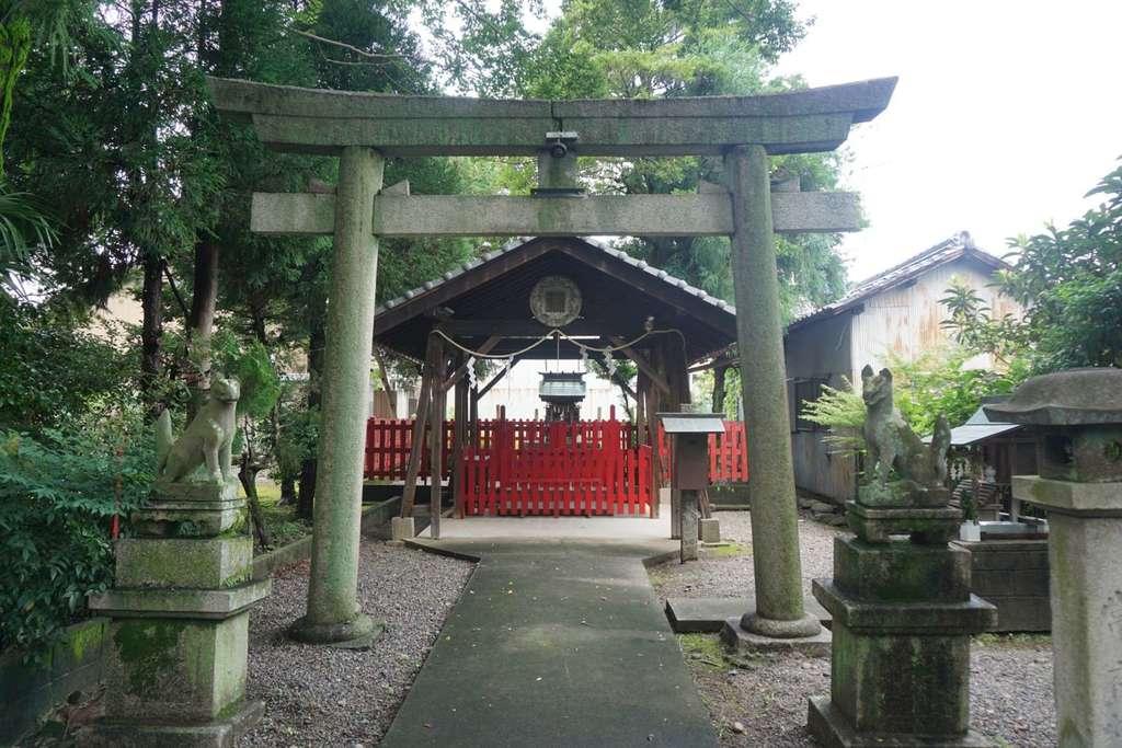 林稲荷神社の鳥居
