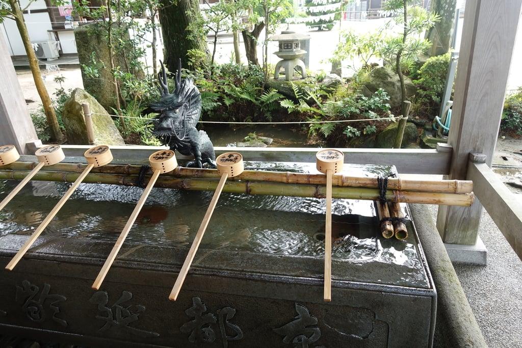 白鬚神社の手水