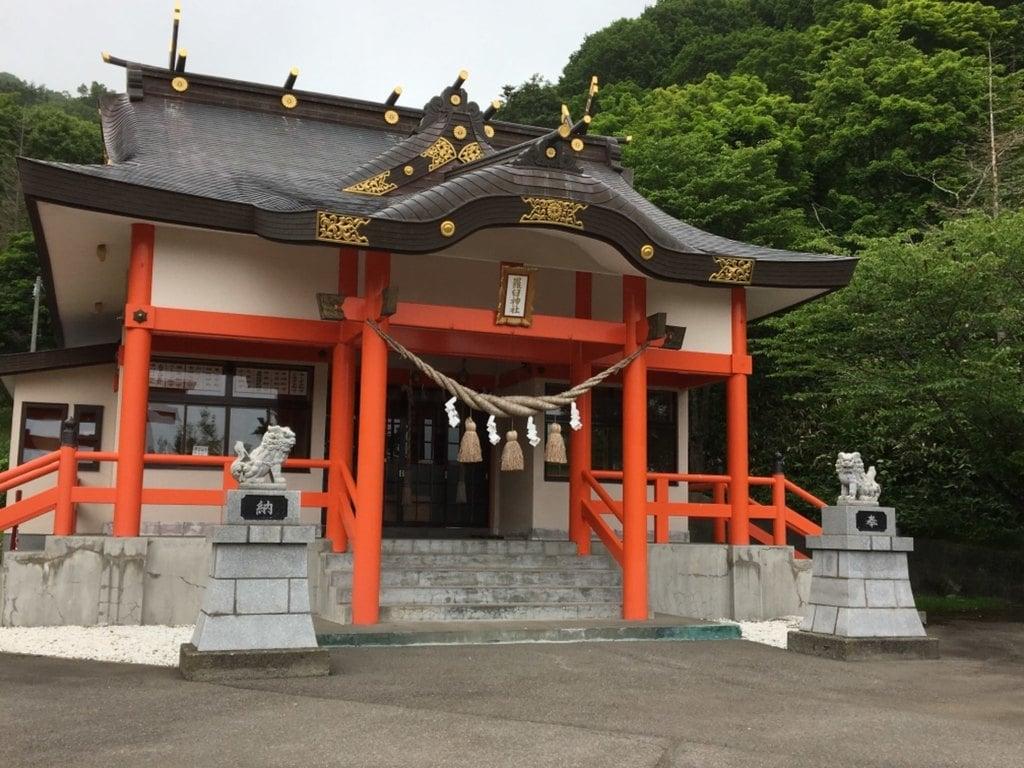 羅臼神社の本殿