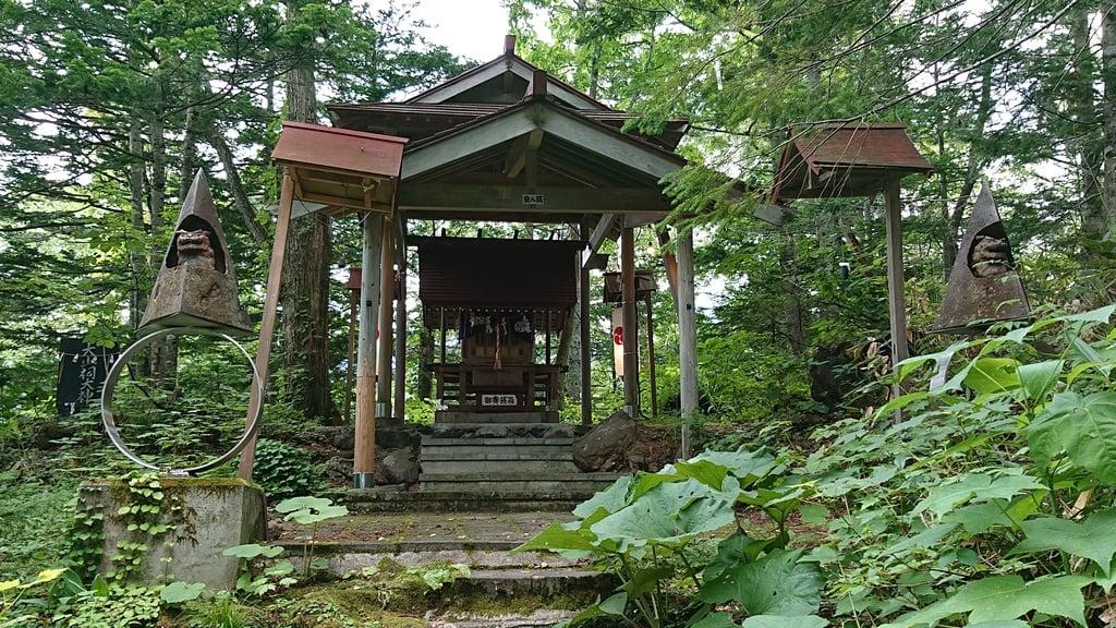 白金神社(北海道)