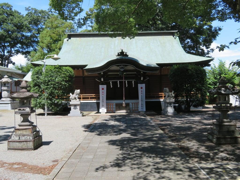 巨摩八幡宮の本殿