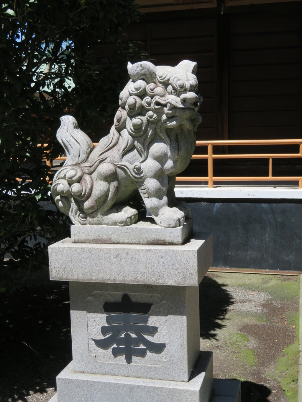 巨摩八幡宮の狛犬