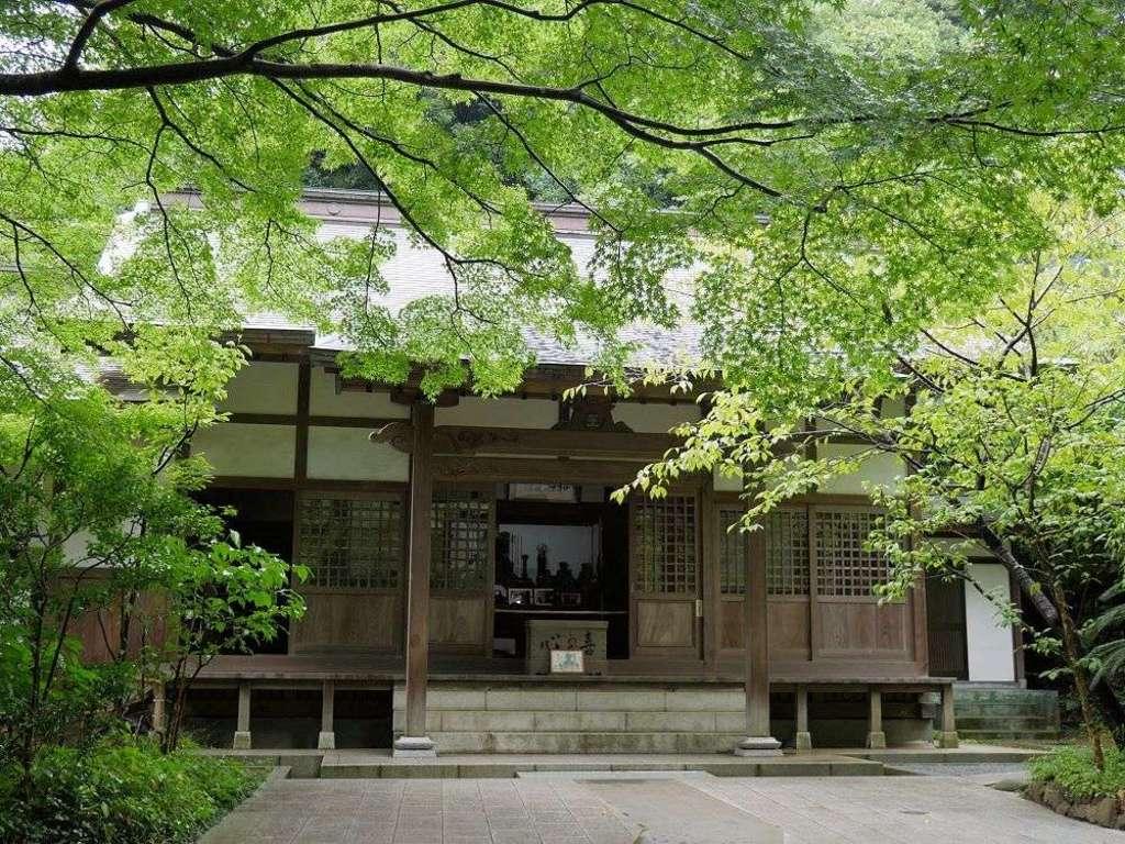 円覚寺の本殿
