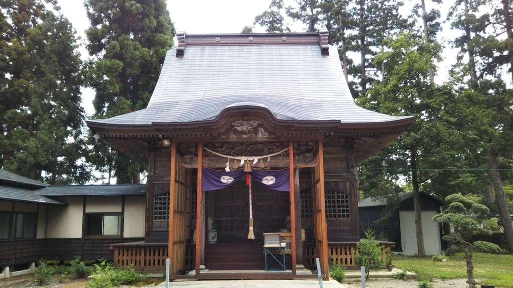 浅舞八幡神社の本殿