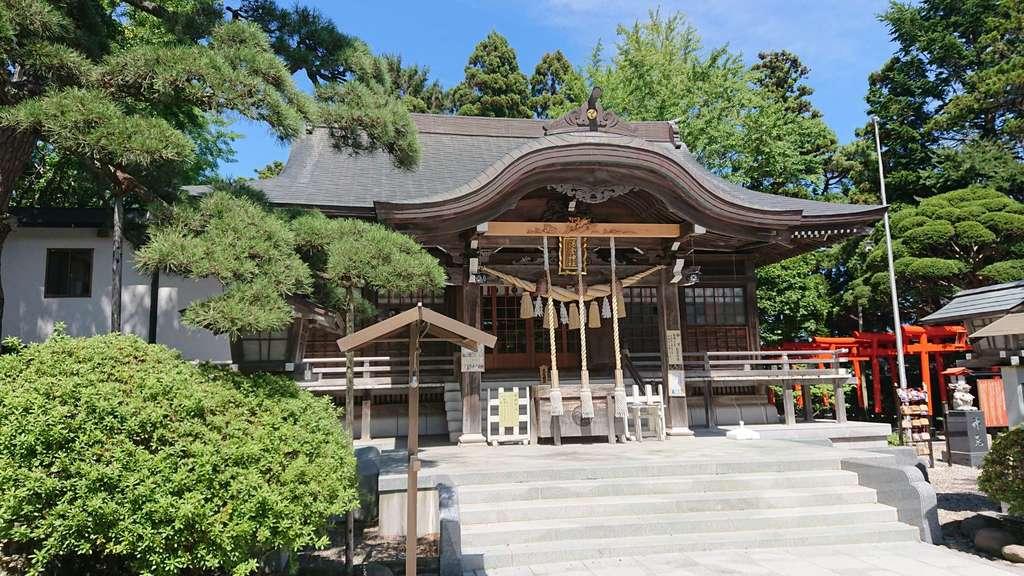 湯倉神社の本殿