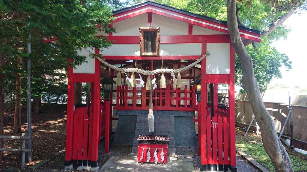 湯倉神社の末社