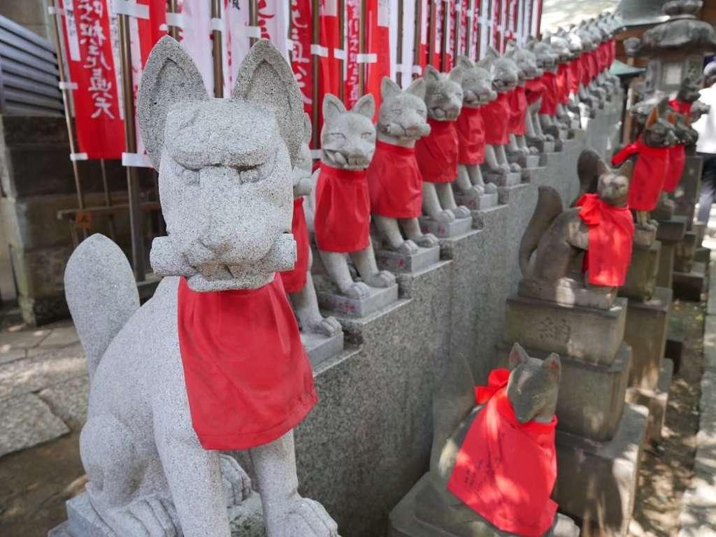 豊川稲荷東京別院の狛犬