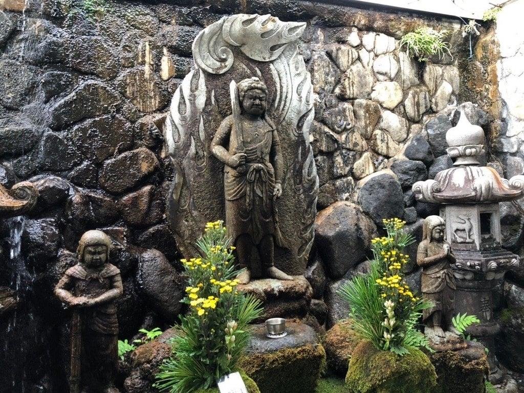 石切不動明王の仏像