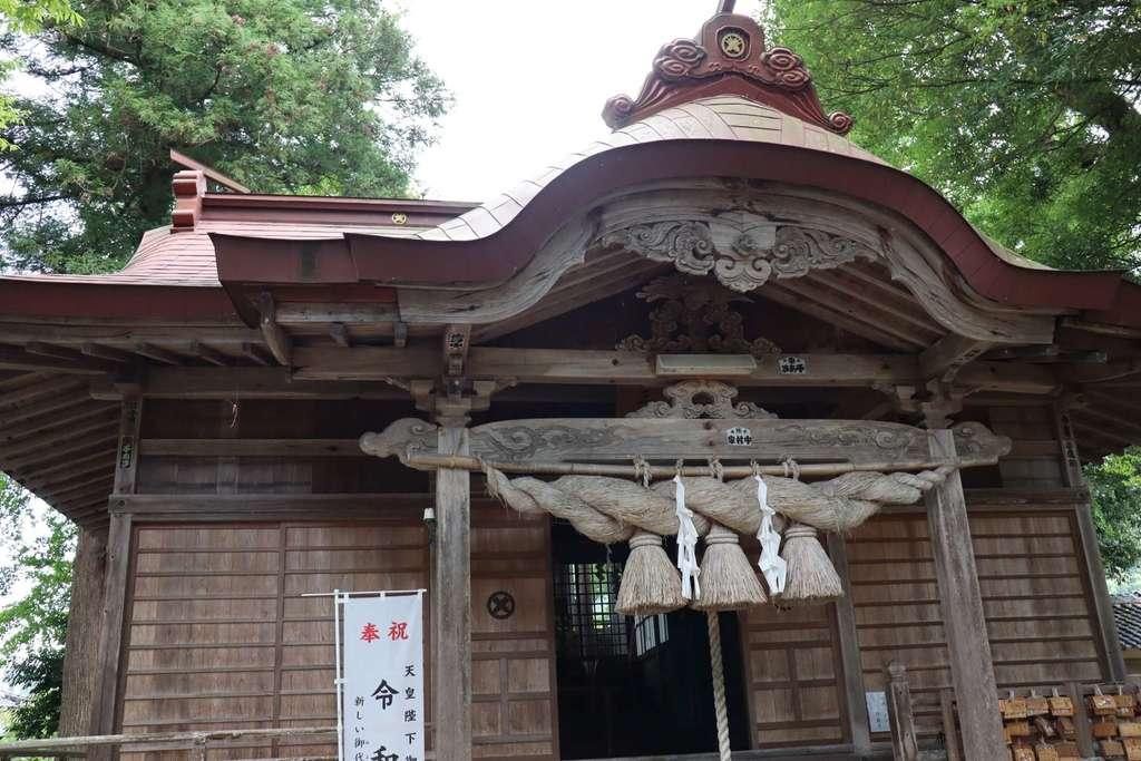 三朝神社の本殿