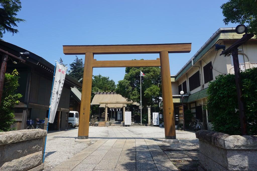 寒川神社の鳥居